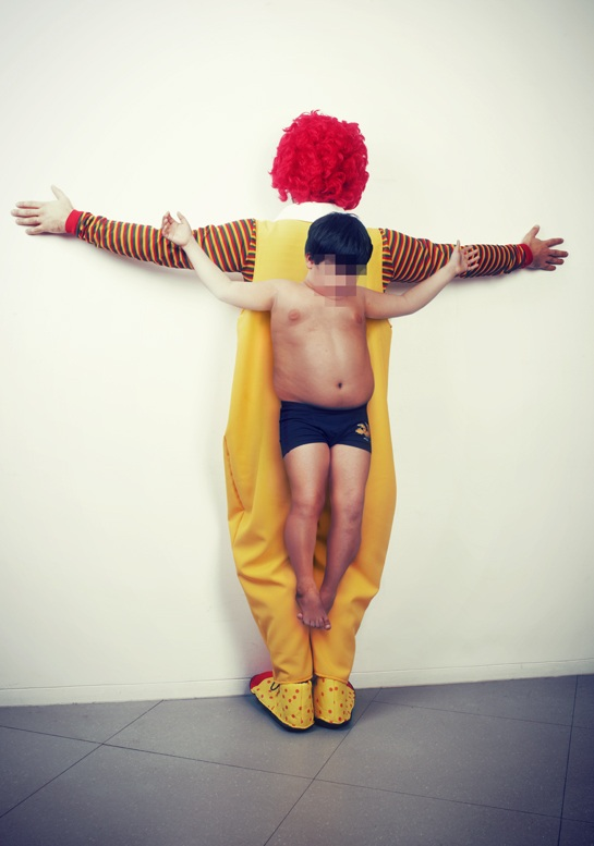 Los Intocables by Erik Ravelo - 图4
